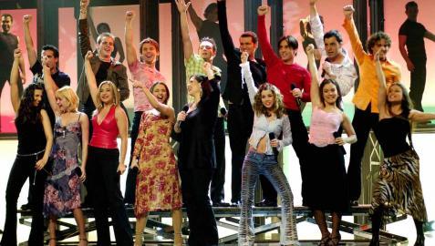 Concursantes de la primera edición de Operación Triunfo, en una actuación de la semifinal del concurso