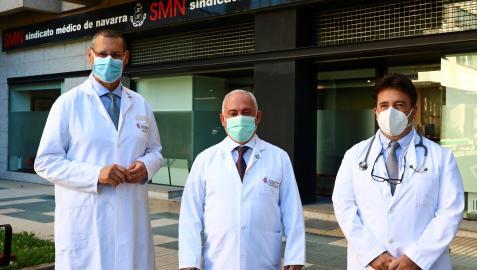 Alberto Pérez, secretario del Sindicato Médico; Jesús Soria (delegado de Riesgos Laborales) y Juan Ramón Sanchiz (delegado de Primaria).