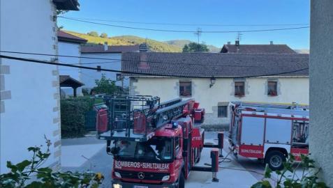 Un camión de bomberos en Odieta