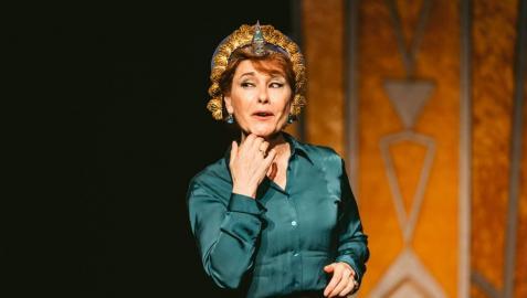 María Bayo en el escenario de Divina Cleopatra