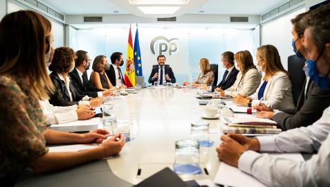 Pablo Casado, presidente del PP, encabeza la reunión del Comité de Dirección del partido