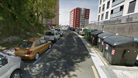Los hechos han ocurrido sobre la una de la madrugada en la calle Bertsolari Txirrita de Altza