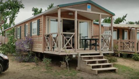 Imagen de un bungalow del camping La Tordera, donde se produjo el incidente