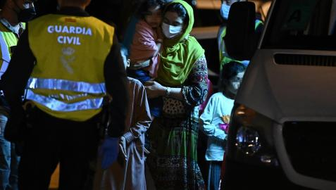 Entre el grupo de afganos que ha llegado a España hay varios menores de edad y mujeres