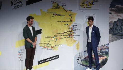 Mark Cavendish yJulian Alaphilippe, en el acto de presentación de la próxima edición del Tour de Francia