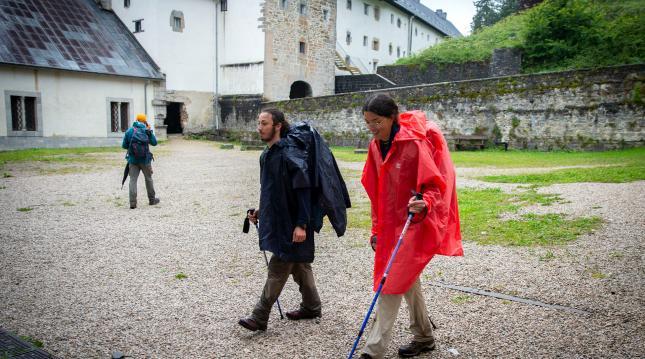 Los peregrinos regresan a Navarra para realizar el Camino de Santiago y se hospedan en los albergues teniendo en cuenta las medidas sanitarias